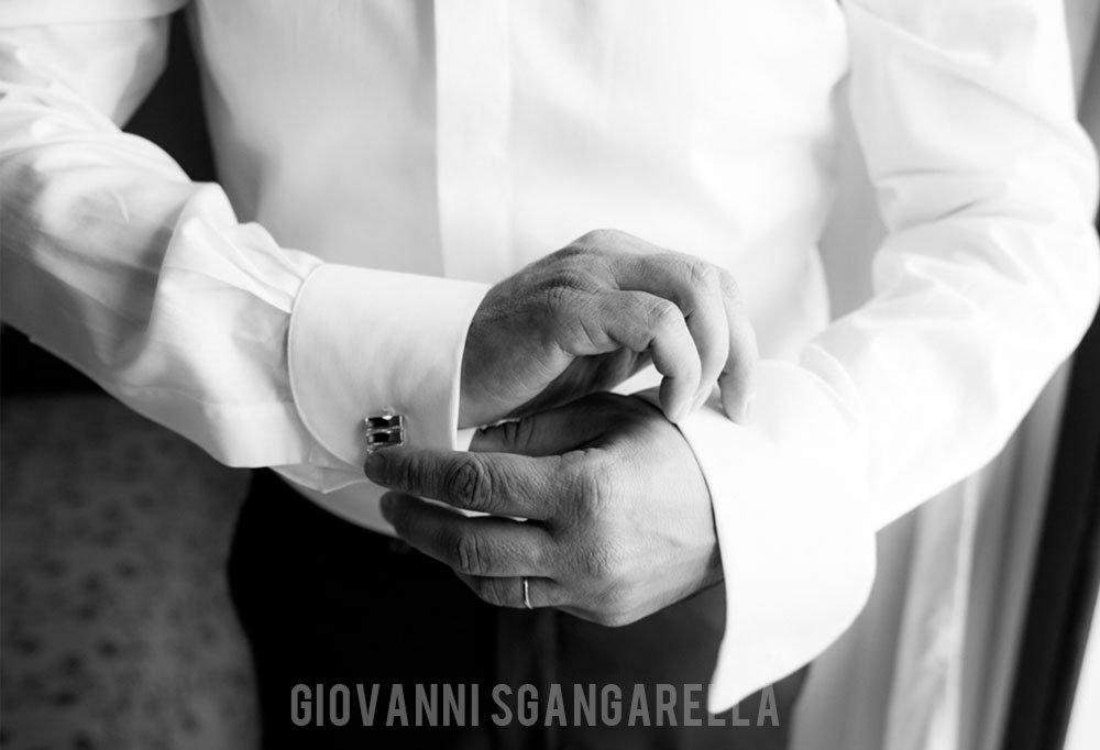 Reportage preparazione sposo