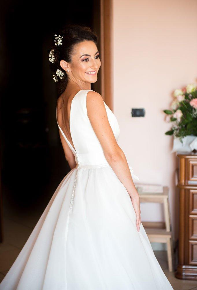 Sposa dettaglio fotografo matrimonio a Pestum