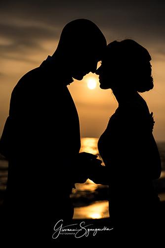 Fotografo per matrimonio a Salerno, sposi a Paestum